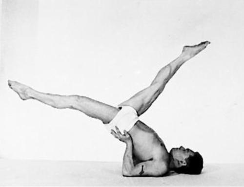 Joseph Pilates hamstring stretch